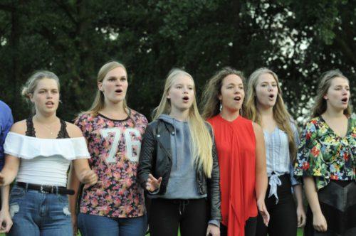 Ontwikkel jezelf op musicalcamp het muzikale kamp van nederland - Ontwikkel een kleine woonkamer ...
